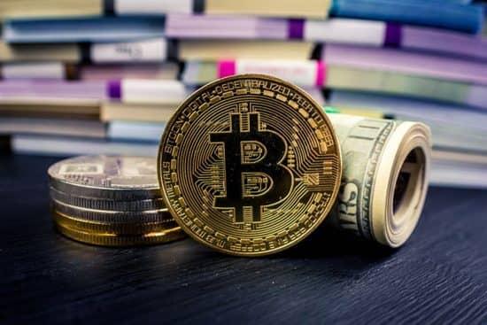 В какие криптовалюты лучше всего инвестировать новичку