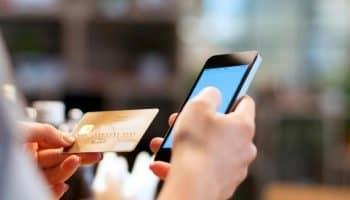 Руководство, как привязать карту Сбербанка к телефону за минуту