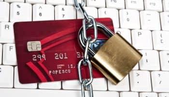 Что делать, если заблокировали карту Сбербанка за подозрительные операции — помощь
